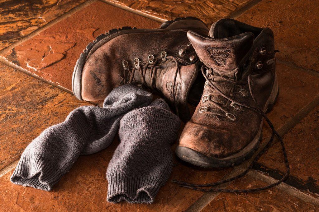 水虫薬を塗った後は靴下を履くべきなの??